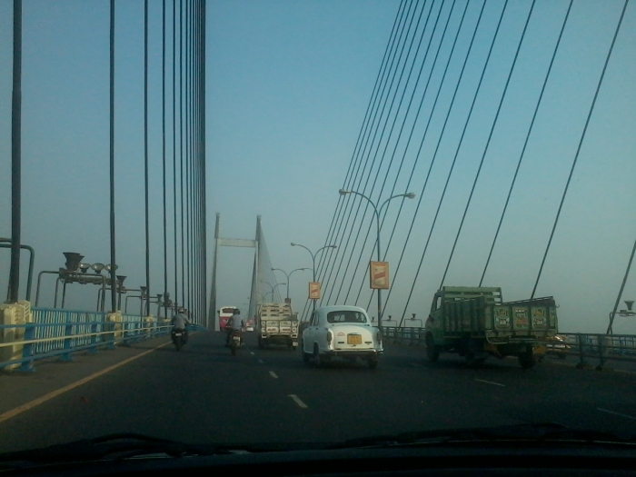 The second Hooghly bridge is the largest of its type in India.