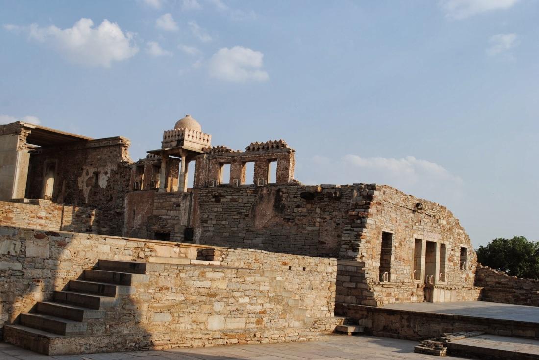 Inside King Kumbha's palace.